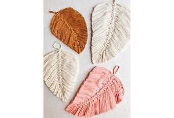 Textile - Macrame Feather Wall Hanging