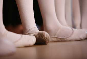 Ballet Basics for NEW, Older Dancers